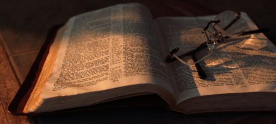 O enviado por Deus fala as Suas palavras