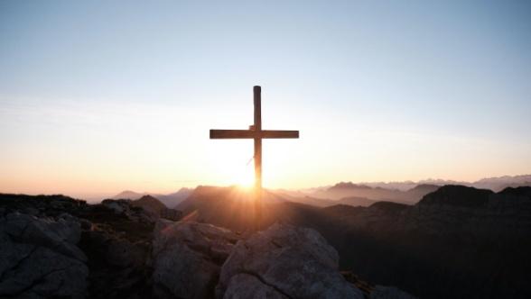 Em Cristo obtivemos a eterna redenção